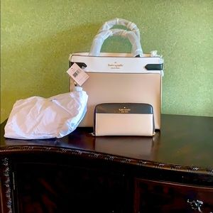 New Kate Spade Large Satchel with matching wallet